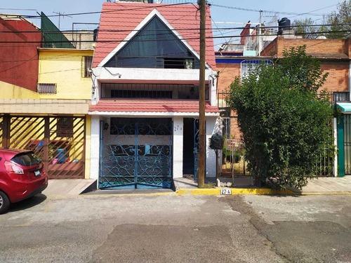 Casa En Venta En El Campanario, Atizapán De Zaragoza, México