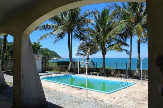 Casa A Beira Mar Com 5 Quartos Sendo 3 Suítes, Para Fins Comerciais, Na Praia Do Estaleirinho-balneário Camboriú - 182