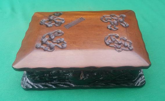 Caixa Antiga Grande Imbuia Madeira Maciça Com Chave