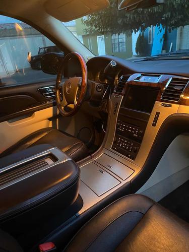 Imagen 1 de 14 de Cadillac Escalade Esv 2011 6.2 Platinum Qc Dvd R-22 4x4 At