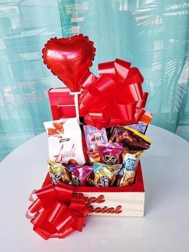 Imagem 1 de 6 de Cestas Presente Para Namorada Ou Namorado Romântica