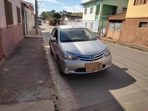 Toyota Etios 2014 1.5 16v Platinum 4p
