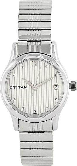 Reloj Con Correa De Metal Plateado Contemporáneo Titan Wo