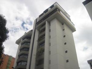 20-10301 Amplio, Cómodo Apartamento En Las Acacias