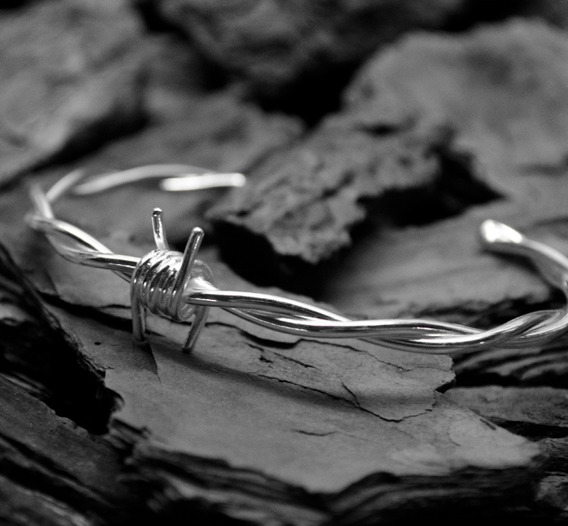 Pulseira Bracelete Farpado Semi Joia Masculina