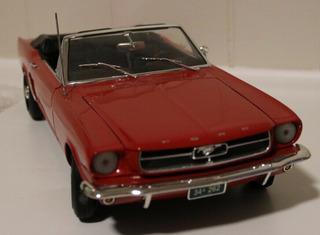 Miniatura Em Escala 1:12 Ford Mustang 1964 1/2 Conversível