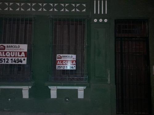 Casa En Isla De Gorriti 2028 Esq. Defensa. $24000