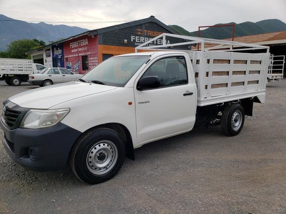 Toyota Hilux Estacas 2015