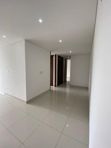 Imagen 1 de 17 de Apartamento En Venta En Barranquilla Andalucía