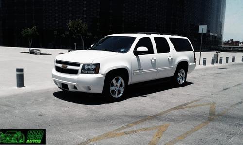 Chevrolet Suburban 5.3 Lt V8 . Piel 2da/ Banca At 2014
