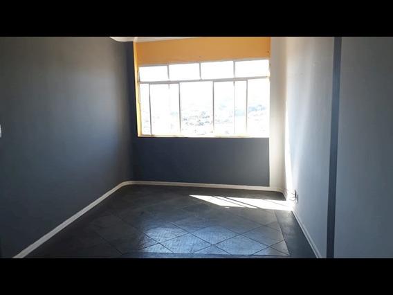 Apartamento No Centro De Sao Roque - 1586