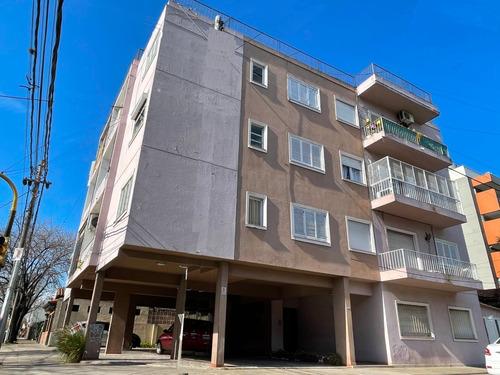 Imagen 1 de 14 de Venta Departamento 3 Ambientes 75 Mts Castelar Centro Sur