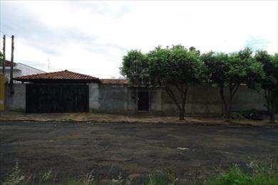 Casa Em Taquaritinga Bairro Parque Residencial Laranjeiras - V236700