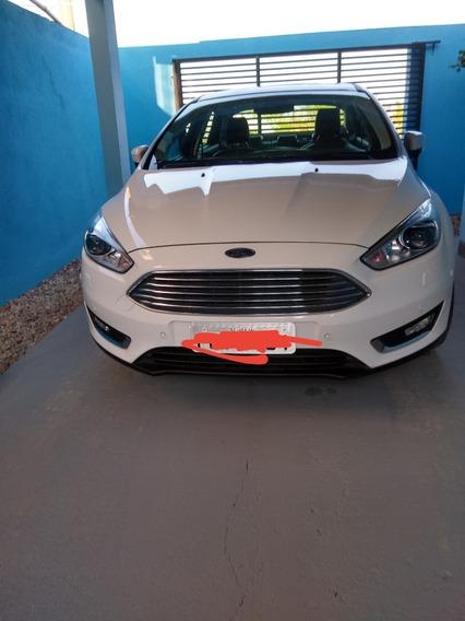 Ford Focus Sedan Titanium Powershift