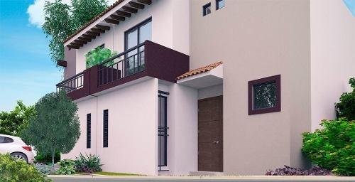 Hermosa Casa En Ciudad Del Sol, Alberca, 3 Recámaras, 1.5 Baños, 2 Autos, Lujo!