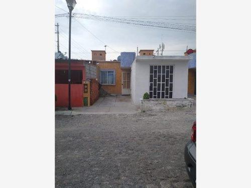 Casa Sola En Venta Fracc Jardines Del Valle