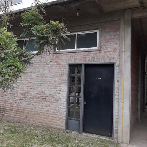 Casa, Galpon Y Departamento