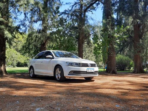 Volkswagen Vento 2.5 Luxury 170cv 2017