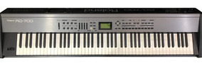 Piano Digital Roland Rd-700 Usado Estado De Novo- Riff Music
