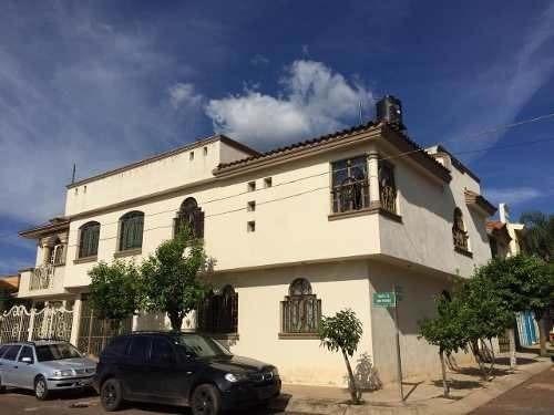 Casa Habitación En Venta, Fracc. Privado, Arandas, Jalisco.