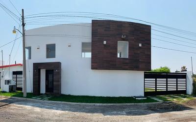 Moderna Residencia En Oaxtepec