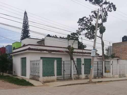 Locales Comerciales En Venta, Berriozábal, Chiapas