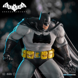 Batman Dark Knight 1/10 - Iron Studios - Arkham Dlc