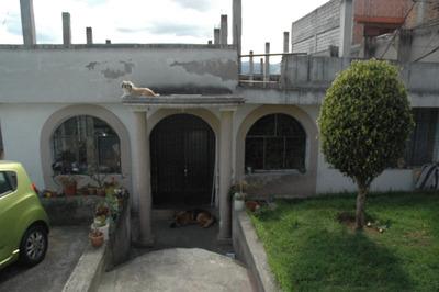 Casa Con Amplio Terreno De Venta En Centro Sur De Quito