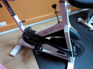 Bicicleta Tipo Pro De Spinning Para Gimnasio