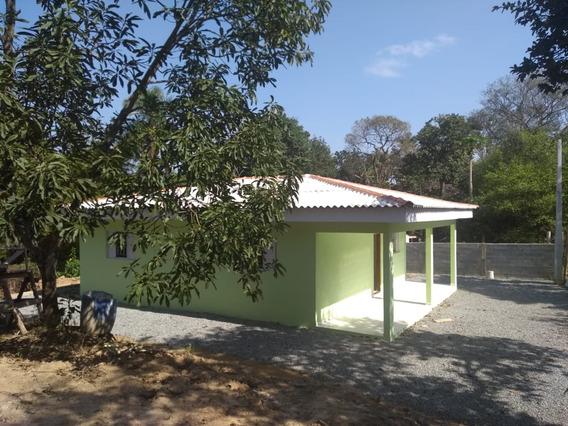 Chácara Com Terreno De 1.050 Metros Quadrados, Casa Nova.