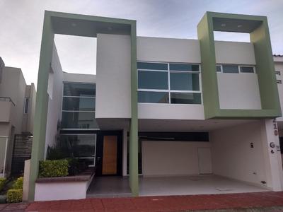 Casa Venta/renta 3 Rec. 4 Baños Mayor Plusvalia Zona Este