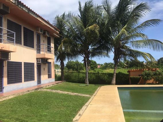 Apartamento En Venta Higuerote Mls 20-15090 Cesar Augusto Quiaro