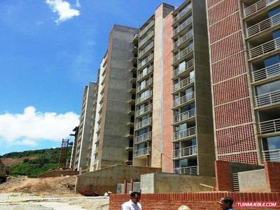 Apartamentos En Venta Mls #17-7894