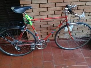 Bicicleta De Carrera Antigua Roja Rod 27 Mb Hermosa! Andando