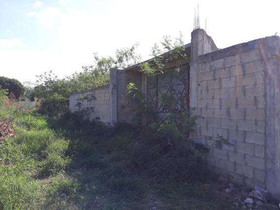 Terreno En Venta Muy Cerca De La Carretera A Progreso Bardeado,xcanatun