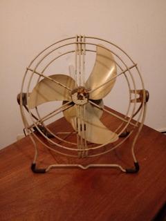 Ventilador De Pie Antiguo