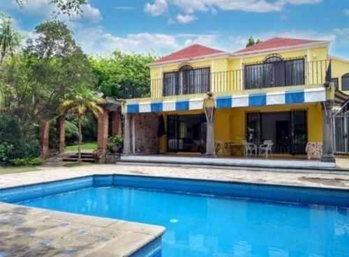 Casa En Renta En Rancho Cortes En Cuernavaca Morelos.
