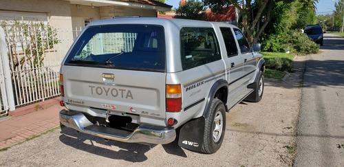Toyota Hilux 3.0 D/cab 4x4 Sr 2002