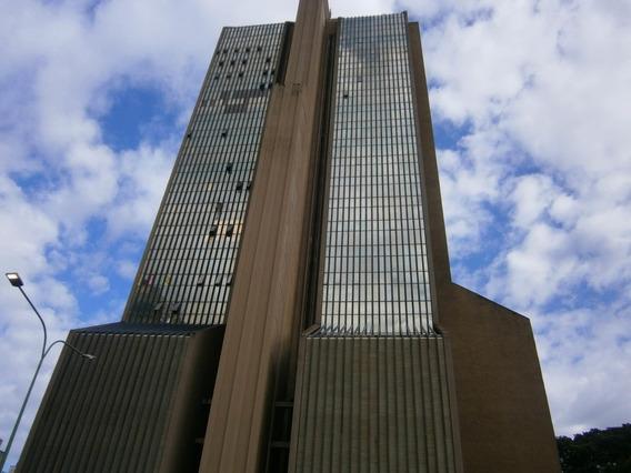 Oficina En Torre Empresarial Av. Cedeño 20-5497 Ys
