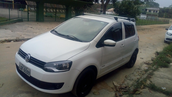 Volkswagen Fox 1.6 Vht Trend Total Flex 5p 2012