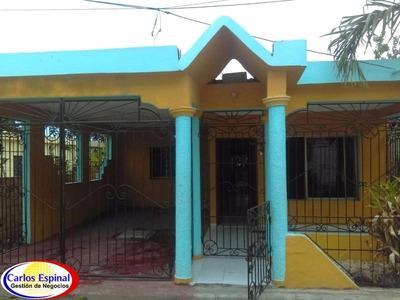 Casa De Venta En Higuey, República Dominicana Cv-105
