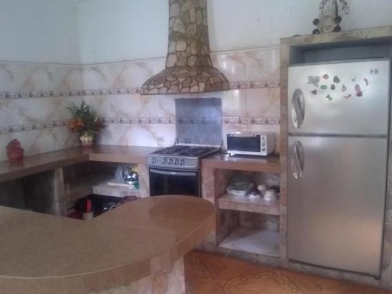 Casa En Venta El Valle Cabudare Lara 20-1943 Rr