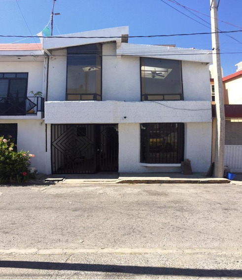 Venta De Casa En Fracc. Priv Valle De Aragon 3a Sec Ecatepec De Morelos