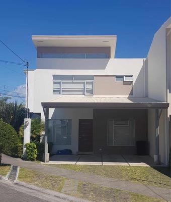 Alquiler Casa En Condominio Sin Muebles En Curridabat