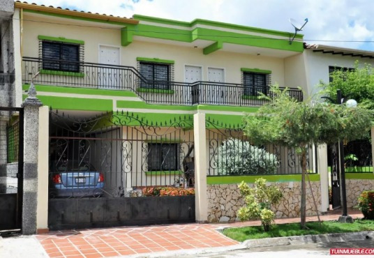 Casa Urb. Villa Constanza