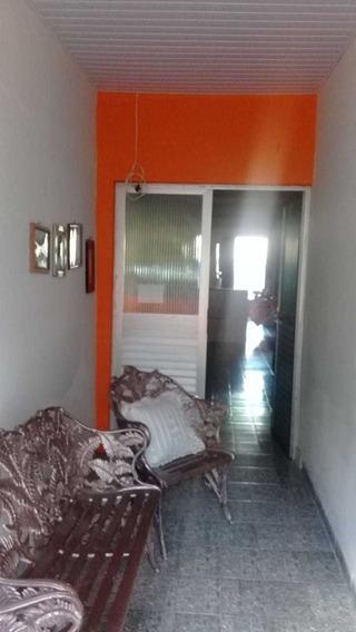 Casa Com 2 Quartos 2 Salas 1 Area De Serviço Quintal Grande