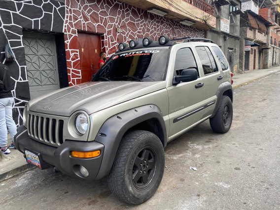 Jeep Cherokee Liberty Límited