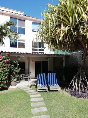 Cómoda Villa Con Excelente Ubicación En Playa Diamante