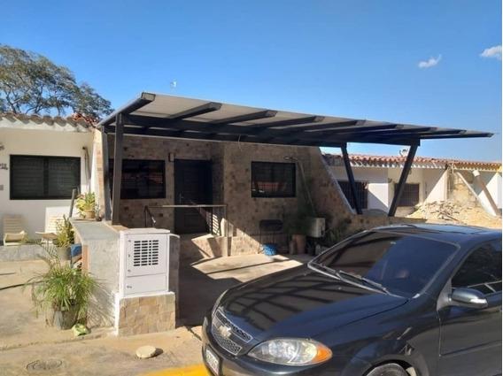 Venta Casa En Lomas De La Hacienda