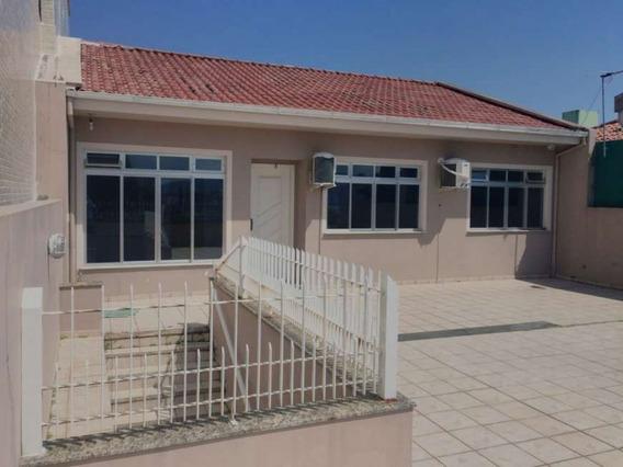 Casa No Bairro Estreito Em Florianópolis - Cces24